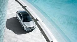 Renault Latitude silver