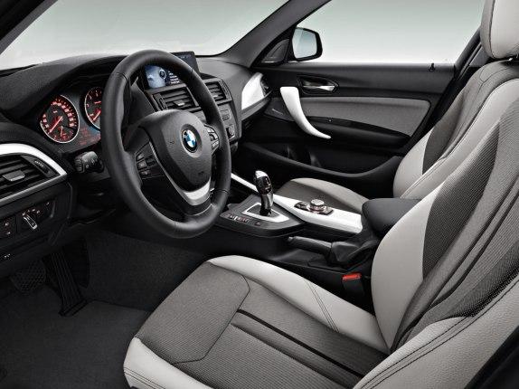 BMW 1 series dash