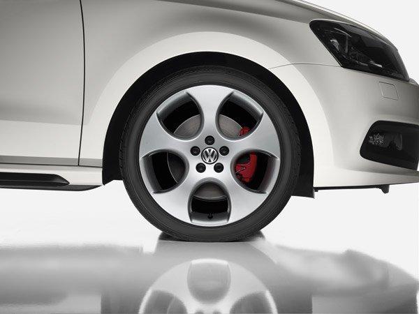 Volkswagen Polo GTI brakes