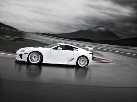Lexus LFA white