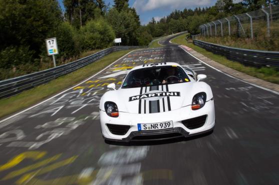 Porsche 918 body