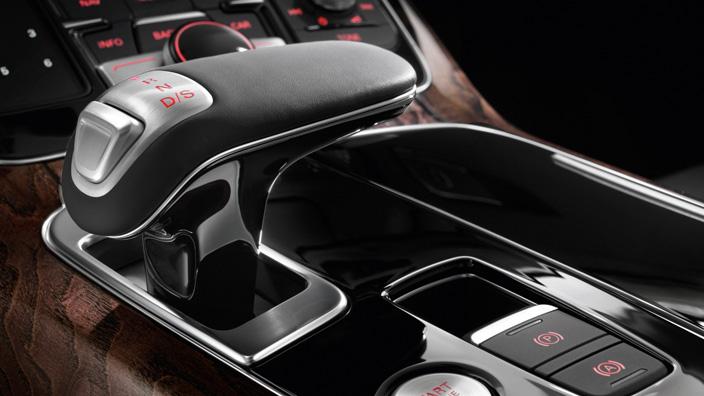 Audi A8 dash