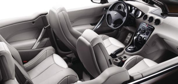 Peugeot 308 CC dash
