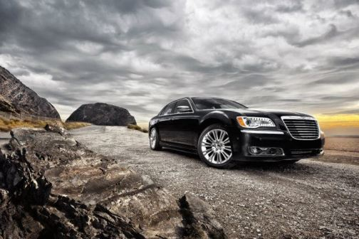 Chrysler 300 black