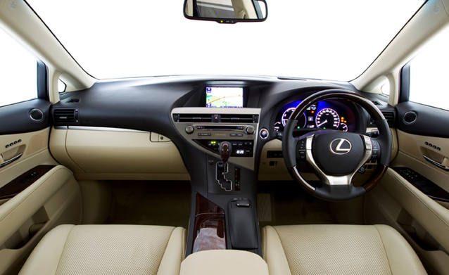 Lexus RX dash