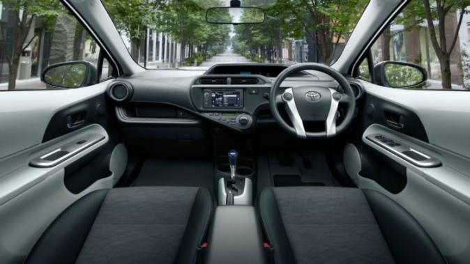Toyota Prius C dash