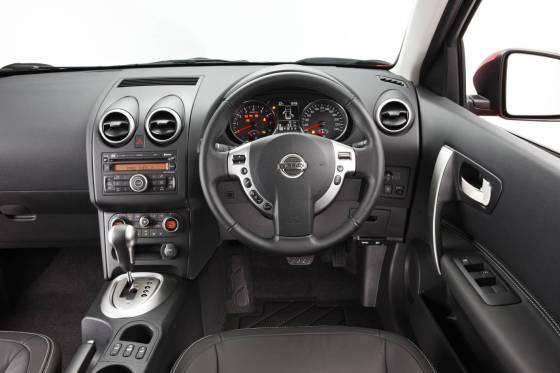 Nissan Dualis dash