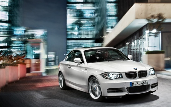 BMW 1 Series Coupe exterior