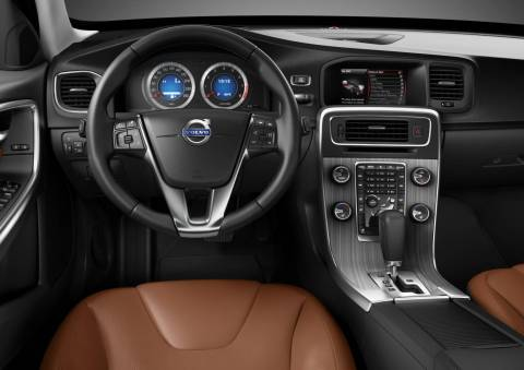 Volvo S60 dash