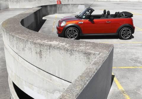 Mini Cooper Cabrio exterior