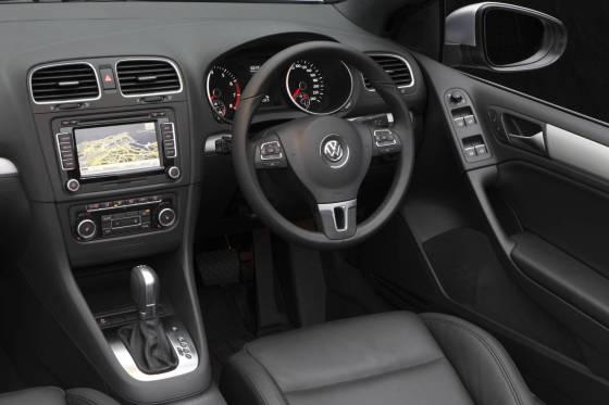 Volkswagen Golf Cabriolet dash