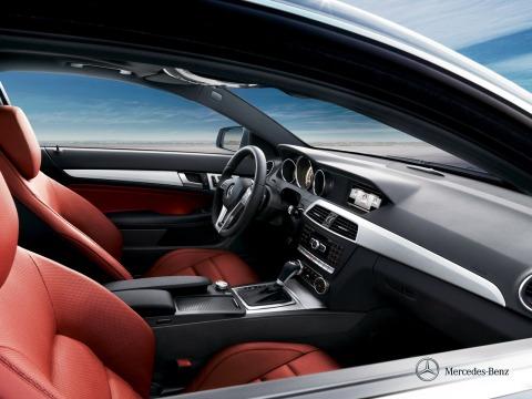 Mercedes Benz C-Class interior