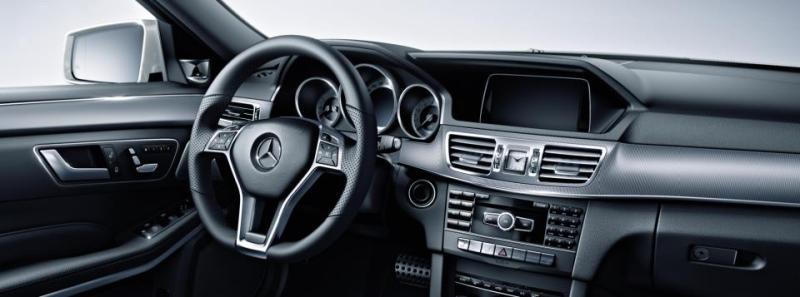 Mercedes E class dash
