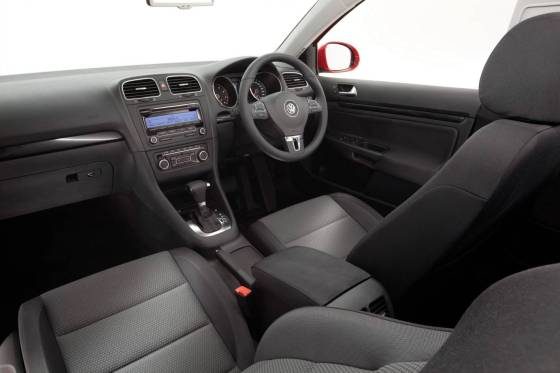 Volkswagen Golf interior dash